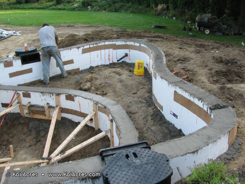Koi pond construction for Fish pond construction and design